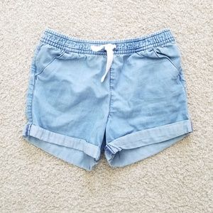 Carter's size 6 Chambray pull on shorts